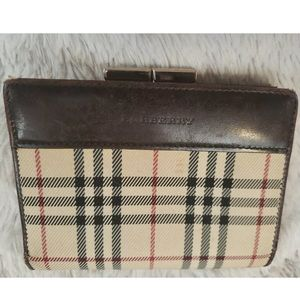 Burberry ✨Authentic✨ Vintage Nova Check Wallet